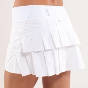 White Lululemon tennis skirt